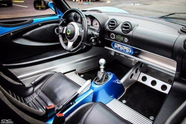 салон машины фото
