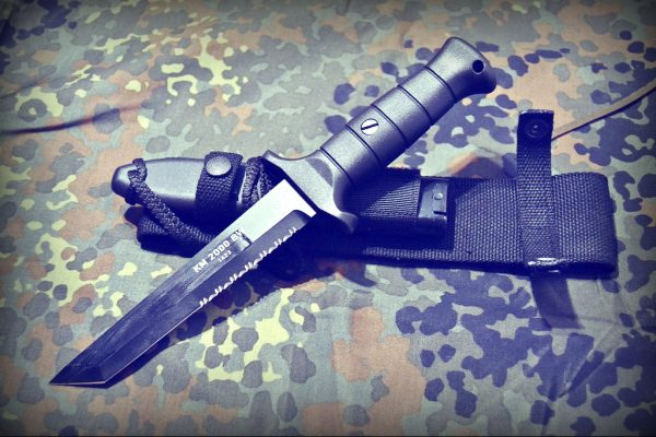 Нож Бундесвера KM 2000